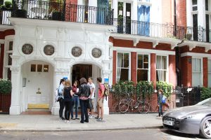 """Discovery Summer London - английский для детей"""