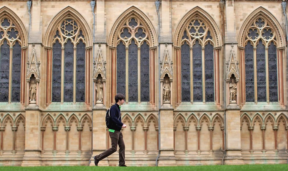 oxbridge essays uk Indian students apply to oxbridge universities with si-uk's oxbridge service for constantly pushing me to complete my essays and submit my applications.