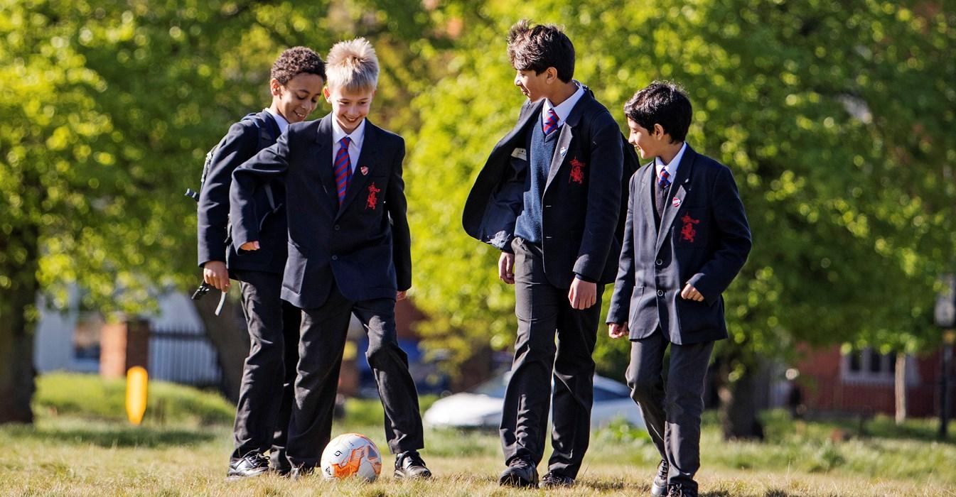 """=""""Влияние новых технологий на детей, интервью с экспертом - UK Study Centre-2"""""""