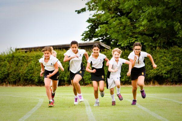 """=""""Как воспитать уверенного в себе ребенка? Полезные советы для родителей - блог UK Study Centre-7"""""""