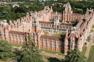 Летние курсы для детей в Англии, английский плюс футбол - UK Study Centre, Royal Holloway, University of London